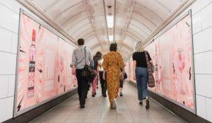 El metro de Londres desprende un embriagador aroma a fresas (cortesía de Beefeater)
