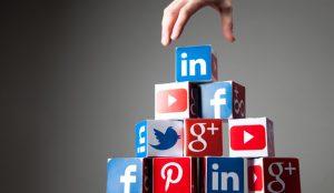 En el universo digital, las redes sociales han sustituido a los medios como cuarto poder