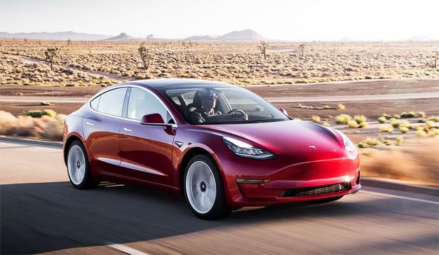 Las pérdidas de Tesla se disparan como un cohete por culpa del Model 3