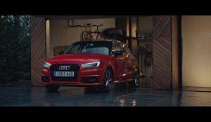 Unos expectantes garajes son las estrellas de la nueva campaña de Audi y DDB