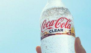 Un refresco transparente y otro lleno de fibra, las últimas apuestas de Coca-Cola en Japón