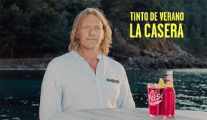 Dommo firma la nueva campaña de Tinto de Verano La Casera