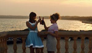 Estrella Damm estrena su primer cortometraje con canciones veraniegas