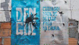 Este anuncio se disuelve con la lluvia para atrapar (mortalmente) a los mosquitos