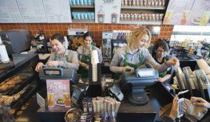 Starbucks desembarca en Alcorcón llenando la ciudad de poesía