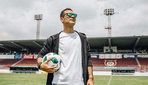 Rafa Márquez lanza colección de lentes de sol con Northweek