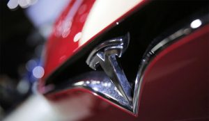 Tesla se dispara un 20% en bolsa marcando máximos históricos para la compañía