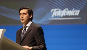 Álvarez-Pallete considera que el fútbol es un negocio interesante para Telefónica