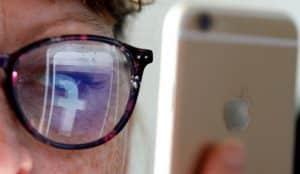 Walmart y P&G sufren las nuevas normas de Facebook sobre anuncios políticos