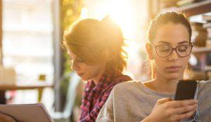 Cómo capturar la atención de los consumidores en la era de la distracción