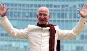 Jeff Bezos, millonario de récord: el CEO de Amazon, el hombre más rico de la historia moderna