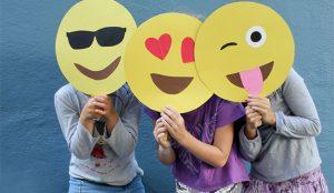 Los creativos del mundo (mundial) se regocijarán con estos oportunísimos emojis