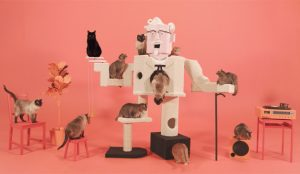 KFC y sus cuatro horas de gatitos trepando por el Coronel Sanders triunfan en Facebook