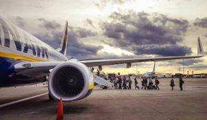 Las aerolíneas diversifican su oferta ante la agresividad de la competencia