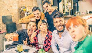 Los millennials jóvenes mantienen su amor por las grandes marcas