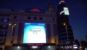 Samsung presenta el nuevo Galaxy Note 9 con una acción en las pantallas de Callao