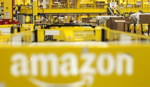 Los trabajadores de Amazon, en el punto de mira por traficar con datos a cambio de sobornos