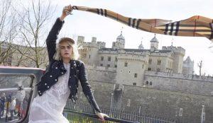 Cara Delevingne, orgullosa londinense en la nueva campaña de Burberry