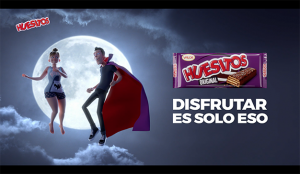 Un amante vampiro enamora en la última campaña de WYSIWYG* para Huesitos