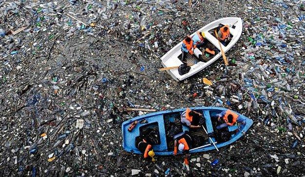 plásticos en océanos