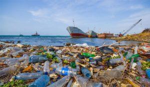 A la industria de los embalajes de plástico le va a las mil maravillas pese a las críticas