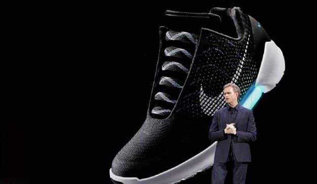 Palpitar Villano Inútil  Las zapatillas inteligentes de Nike que se atan solas serán una realidad en  2019 | Marketing Directo