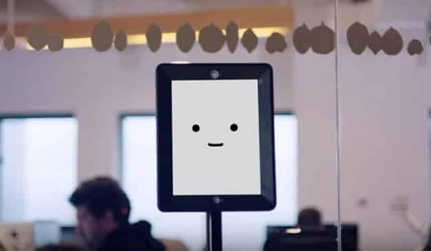 La inteligencia artificial de Publicis Groupe, Marcel, felicita la Navidad a golpe de parodia
