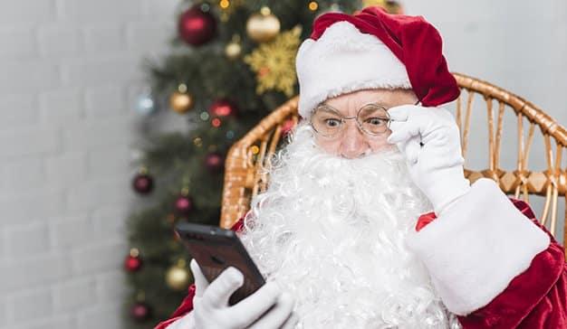El uso del teléfono móvil disminuyó un 30% durante la cena de Nochebuena