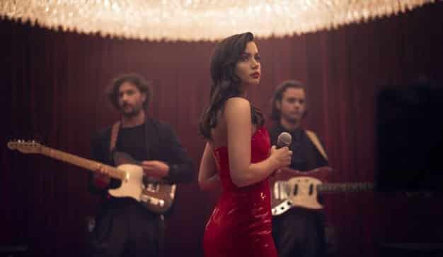 Campari estrena su nuevo cortometraje, 'Entering Red', protagonizado por Ana de Armas