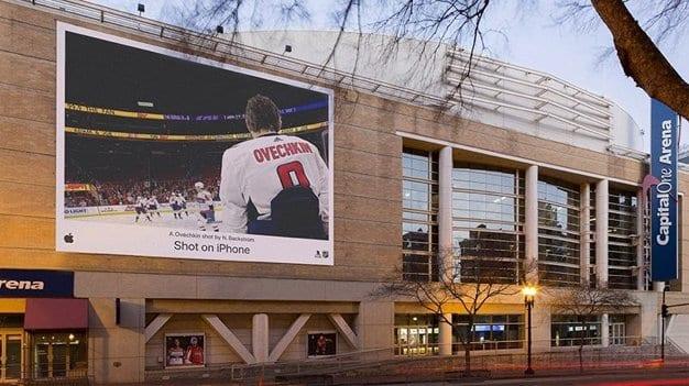 apple-iphone-hockey-2