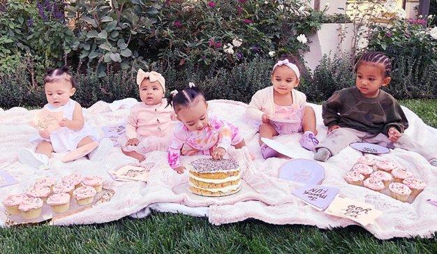 El clan Kardashian amplía el negocio rentabilizando a sus hijos: ahora las marcas son ellos
