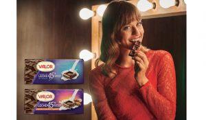 El primer Chocolate con leche 45% cacao llega de la mano de Michelle Jenner y Coronado
