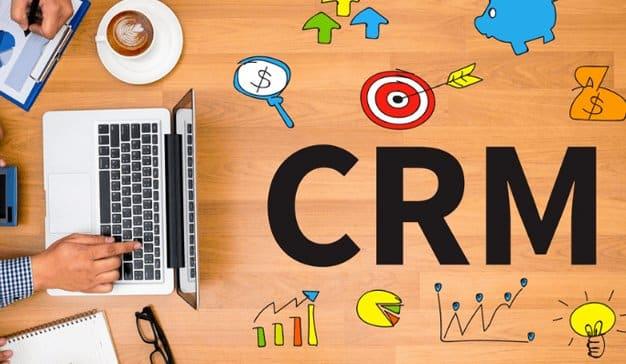 Cómo puede mejorar su CRM