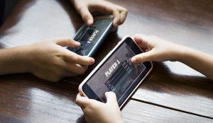 Los gamers juegan cada vez más tiempo y consumen e-sports