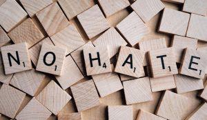 4 maneras de agilizar la eliminación de contenido extremista de las redes sociales tras un ataque