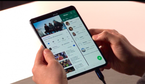 Samsung trabaja en dos nuevos teléfonos plegables