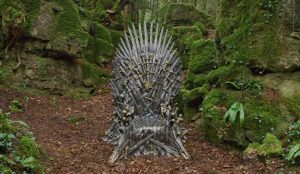 HBO reta a los usuarios a encontrar 6 tronos de tamaño real repartidos por el mundo