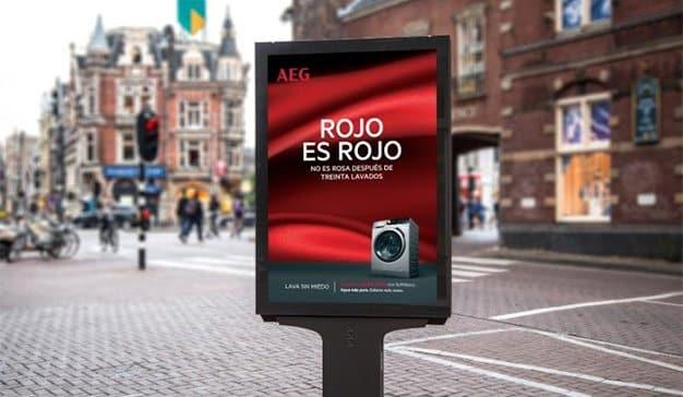 Política y publicidad, una mezcla explosiva de éxito asegurado