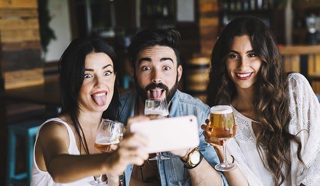 cervezas-redes-sociales-estrella-damm