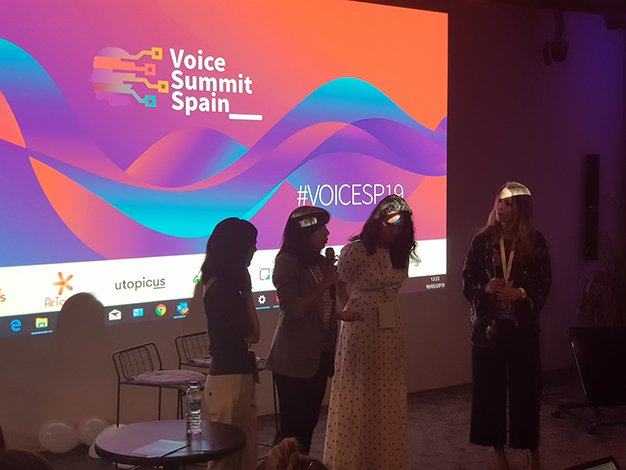voice-summit-woman