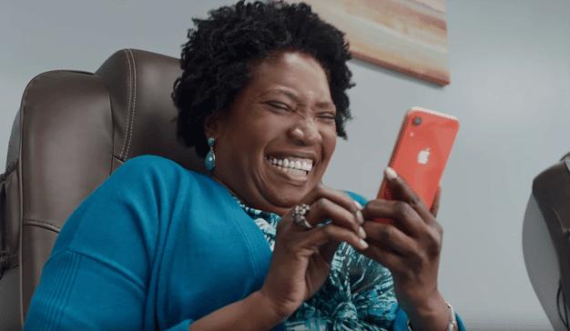 Apple habla de privacidad a carcajada limpia