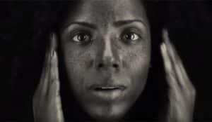 Walgreens muestra los efectos reales del sol en la piel en este sorprendente spot