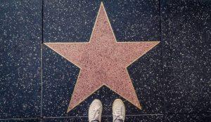 El regulador publicitario de Reino Unido considera celebrities a los influencers con más de 30.000 seguidores