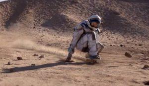 Nissan celebra la innovación haciendo un guiño a la llegada a la Luna en su nuevo spot