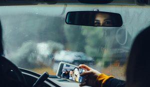 Snapchat lanza su primera campaña global con pulla a Instagram incluida