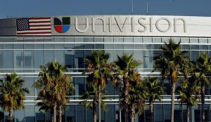 La cadena Univision contempla una posible venta