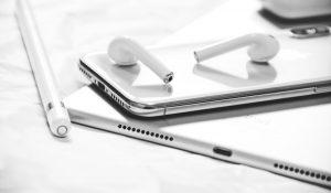 Los nuevos AirPods de Apple serán resistentes al agua aunque más caros
