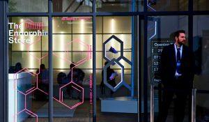 PUMA abre en Londres un pop-up, The Endorphin Store, en el que prescribe ejercicio y endorfinas