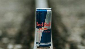 Red Bull está pagando dinero a aquellos clientes que pensaron que su bebida les daría alas