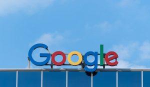 El plan de Pedro Sánchez se mantiene: se queda con su 'tasa Google' (por ahora)